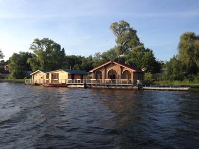 Сдаётся/продаётся шикарный комплекс на воде в поселке Царевщина